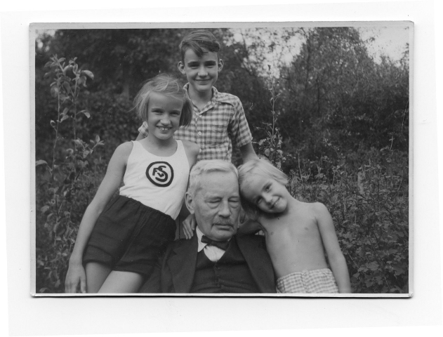 Adolfgrandkids